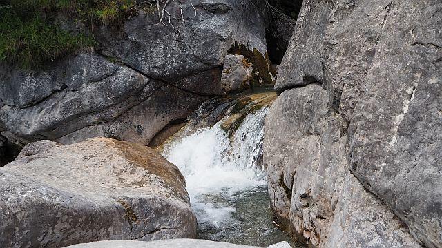 Holzgauer Hängebrücke – Rossgumpenalm – Simms-Wasserfall
