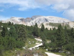Auf dem Dolomitenhöhenweg Nr.1 zur Senneshütte